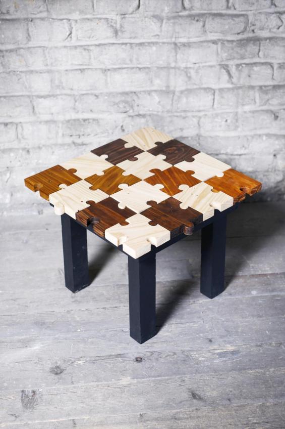 Mini table puzzle