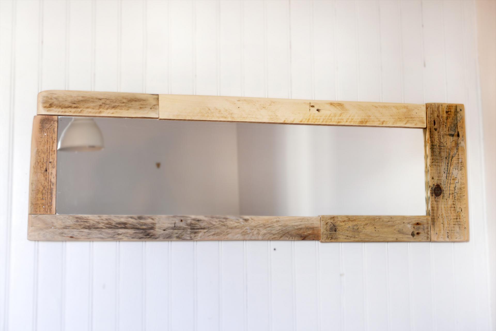 miroir avec cadre bois massif. Black Bedroom Furniture Sets. Home Design Ideas